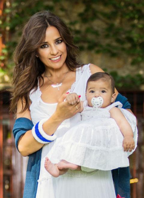 Carmen alcayde ense a por primera vez a su hija olivia - Pasos a seguir para echar a tu hijo de casa ...