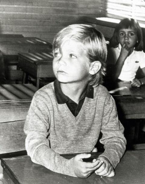 """De niño, como era muy dormilón, Felipe decía que su asignatura preferida era """"la siesta"""". Cuando creció, se sentaba en los asientos de atrás porque no cabía en el pupitre debido a que siempre ha sido muy alto."""