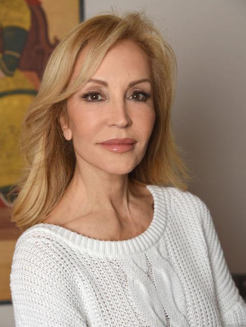 Carmen lomana y sus 39 secretos de belleza 39 mi cuerpo es - Biografia de carmen lomana ...