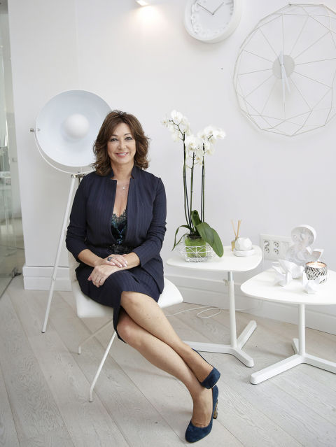 Ana rosa quintana inaugura la nueva sede de su productora for Colaboradores cuarto milenio