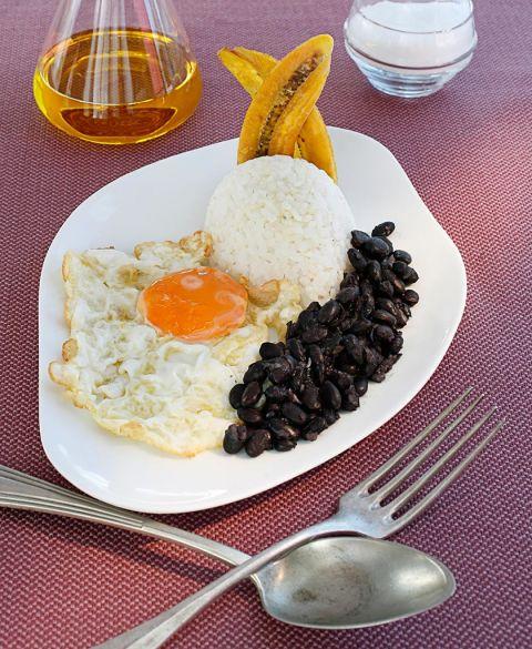 Las recetas favoritas de los famosos y c mo prepararlas - Calorias arroz a la cubana ...